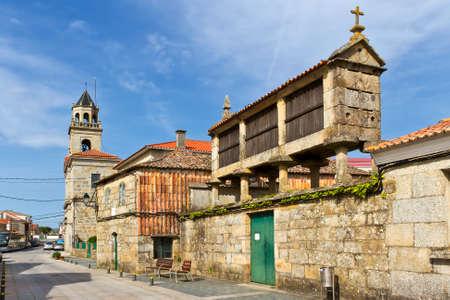 quenching: Traditional barn in the streets of Vilanova de Arosa