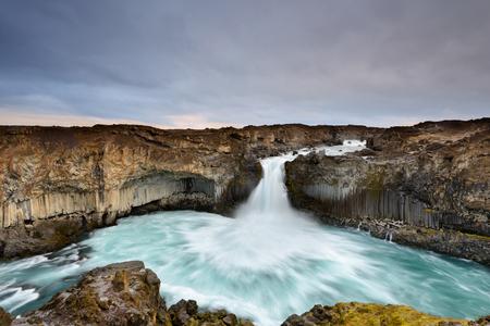 Aldeyjarfoss is an amazing waterfall in northern Iceland. Icelandic natural landscape at sunrise. 版權商用圖片