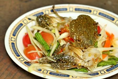 green papaya salad: Thai style green papaya salad