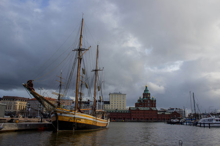 helsinki: Sailing ship in Helsinki harbor