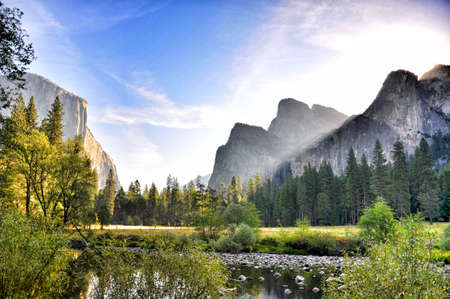 Scenic view of Yosemite National Park with Sierra Nevada mountains in background, California, USA. Stock fotó