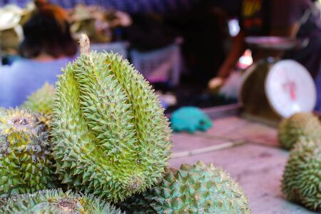 Durian for sell in market. Imagens