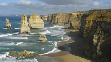12 Apóstoles en la carretera de gran océano en victoria, australia