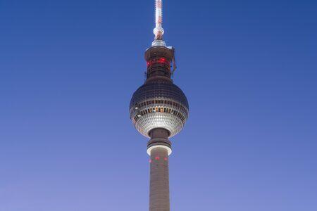 Berlin television tower in Alexanderplatz at dusk Standard-Bild - 145522422