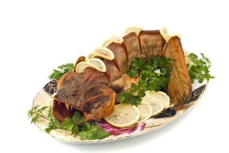 sheatfish: Estaba repleto de agua dulce bagre (sheatfish) con lim�n y perejil en la placa