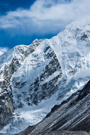 himalayas: Mountains not far Gorak shep and Everest base camp.Himalayas, 5100m