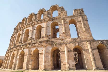 Roman amphitheater in El Djem in Africa, Tunisia 免版税图像