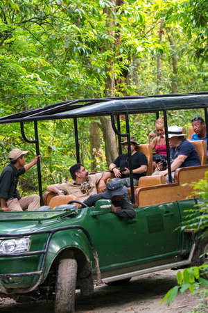 Jungle safari for tourists with off road vehicles in Chitwan. Captured in Chitwan National park, Nepal. Spring 2018 Redactioneel