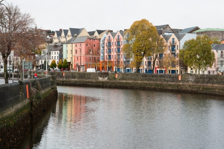 St Patrick's Quay on the north channel of river Lee. Cork City, Ireland Standard-Bild - 8664663