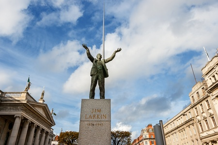 jim: Statue of Jim Larkin with The Dublin Spire and the Dublin General Post Office  Dublin, Republic of Ireland,