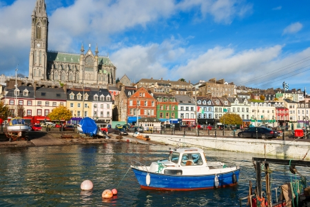 El puerto de Cobh Co Cork, Irlanda, Europa Foto de archivo - 23636666