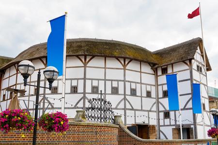 ロンドンでシェイクスピアーのグローブ座。イングランド、英国