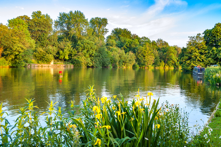 River Thames near Iffley Lock. Oxford, Oxfordshire, England, UK