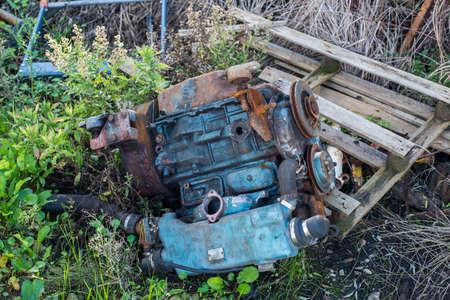A discarded old yacht diesel engine. 版權商用圖片