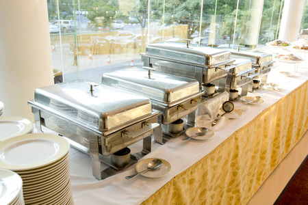 catering wedding with heater with buffet line