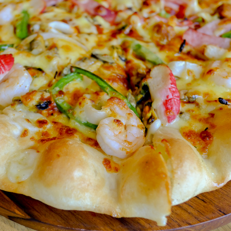 crust: Pizza cheese crust seafood topping