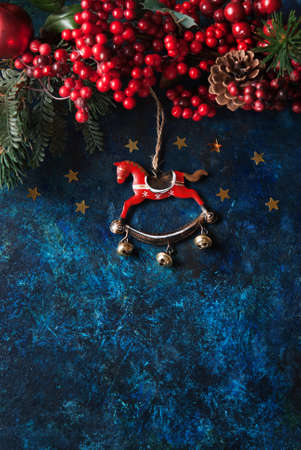 christmas decor: Christmas decor with horse and winter berries