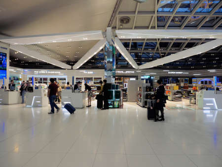 Bangkok,  Thailand - October 29, 2016: Duty free shops at Suvarnabhumi International Airport, Bangkok, Thailand, in the early morning. 報道画像