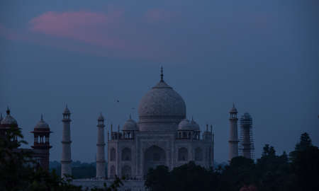 love dome: Taj Mahal from a rooftop during sunset Stock Photo
