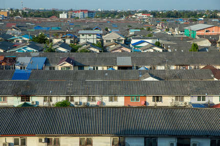House view And the roof of the house where people live in the community 免版税图像