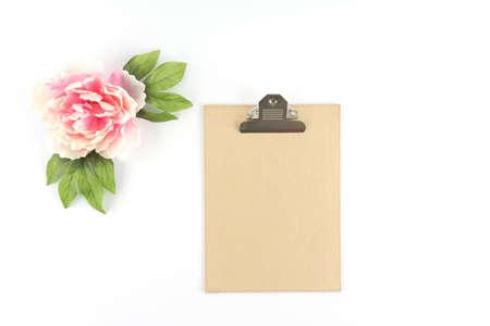 Brown Kraft Paper Clipboard w Pink Peony Flower  - Silk Artificial Flowers - Crafts Banco de Imagens