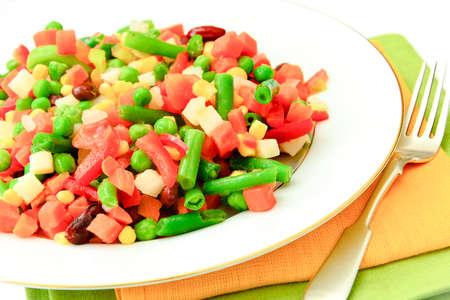 tortilla de maiz: Mezcla Mexicana De Verduras. Tomates, Frijoles, Raíz de Apio, Judías Verdes, Guisantes y Maíz. Comida dietética Foto de archivo