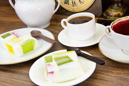 Diat Dessert Fruchtgelee Gelatine Und Tee Studio Foto Lizenzfreie