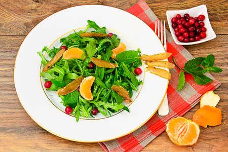 escarola: Salad Mix Batavian, Frise, Radicchio, Chicory and Chicken Dietary Meal Studio Photo