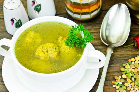legumbres secas: La sopa de lentejas, guisantes, garbanzos, arroz, cebada, legumbres secas y hierbas Estudio Fotográfico Foto de archivo