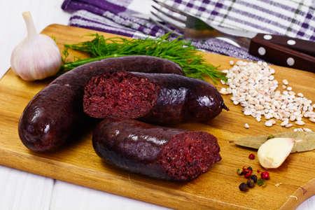 Black Pudding Grützwurst mit Sauerkraut-Studio-Foto