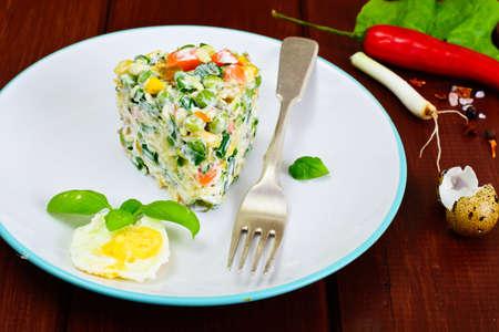 tuna mayo: Salad with Corn, Peas, Carrots and Green Onions Studio Photo