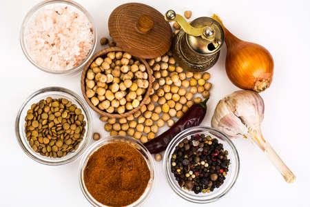 garbanzos: Dried chickpeas for hummus preparing Foto de archivo