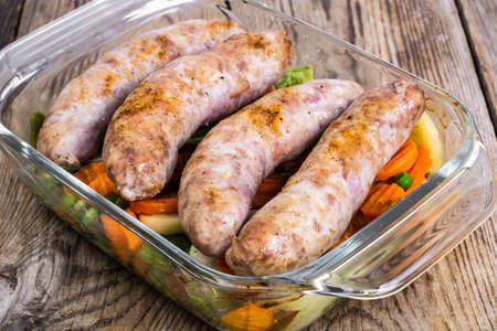charcutería: Country sausage with vegetables baked in the shape of glass