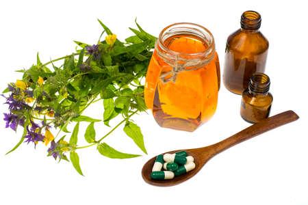 healer: Honey treatment in folk medicine