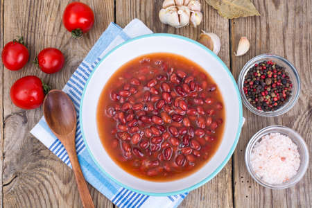 Red canned beans in sauce Stock Photo - 89012433