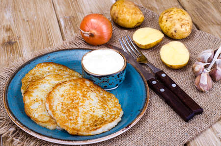 Fried potato pancakes. Studio Photo Фото со стока