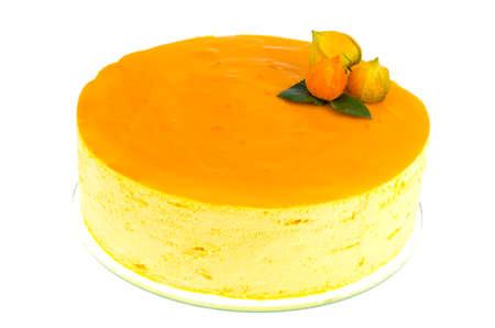 Mango-creamy cake on white background. Studio Photo 免版税图像