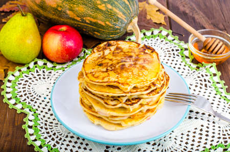 Vegetable pancakes with pumpkin 免版税图像