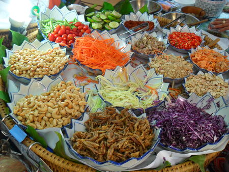 mishmash: Chain vice cook at all this is a mishmash of Thailand  Stock Photo