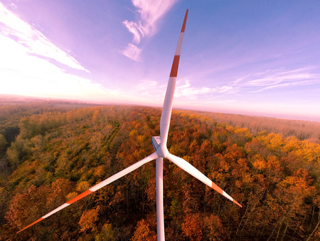 Wind turbine wind turbines wind energy wind power 免版税图像 - 33004154