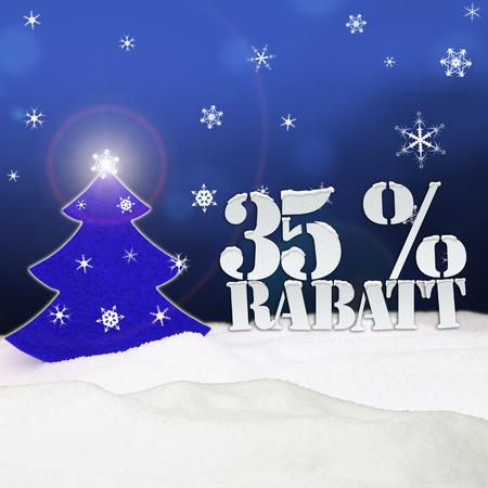 Weihnachtsbaum 35 Prozent Rabatt Discount blauen Schnee Standard-Bild - 34085078