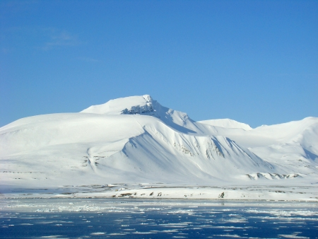 Snowy Mountain, Svalbard, Spitzbergen