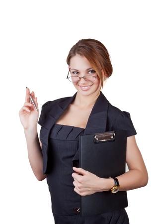 empleadas: Hermosa mujer de negocios con una pluma y el portapapeles, aisladas sobre fondo blanco Foto de archivo