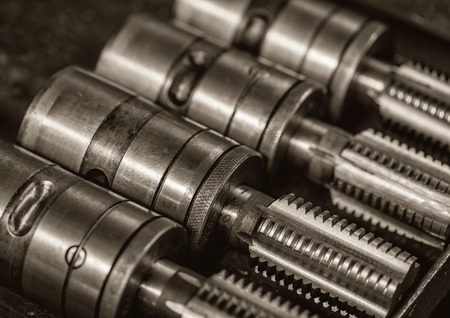 rapid steel: Four machine screw taps