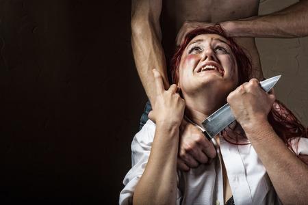女性の家庭内暴力や虐待の被害者 写真素材