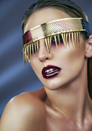 Vogue style fashion model portrait. Standard-Bild