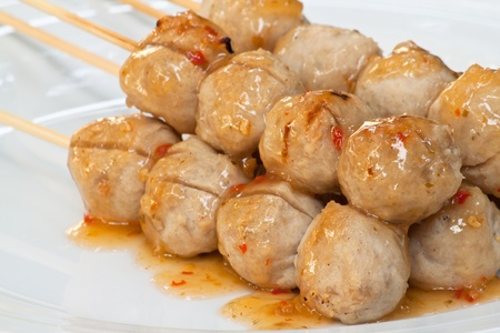 cooked pepper ball: Meat ball stick grilled on plate
