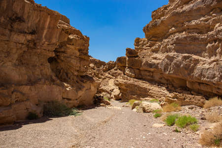 desert canyon landscape outdoor environment global warming nature scenic view sand stone rocks narrow passage scenic view Banque d'images