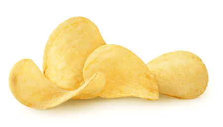 Deliciosas papas fritas aislado sobre fondo blanco.