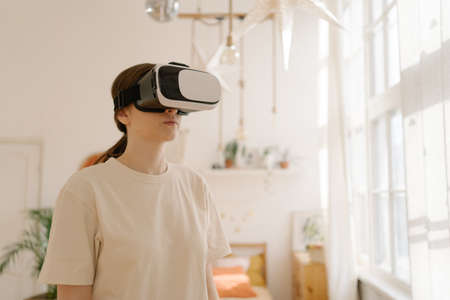 Prepare for sports at home in Virtual Reality. Sport in cyberspace Imagens